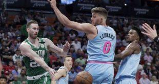 Hayward scores 29, Celtics hold off Heat